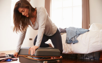 7 Essentials I Always Pack in My Suitcase for Migraine Relief